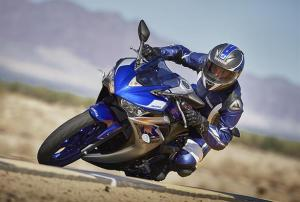 Yamaha R3 (bikesportnews.com)